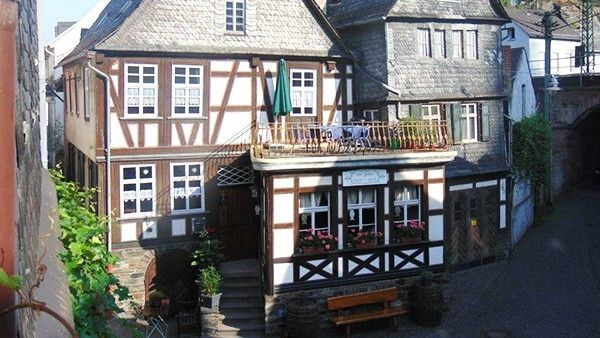 Cafe Restaurant Loreley in St. Goarshausen direkt am Rhein