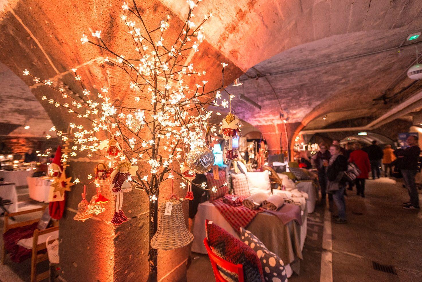 Weihnachtsmarkt Traben Trarbach.Mosel Wein Nachts Markt